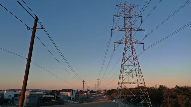gjeymvu4vpdmkkip9zgf Texas Officials Temporarily Halt Private Energy Companies From Sending Customers Absurd Bills | Gizmodo