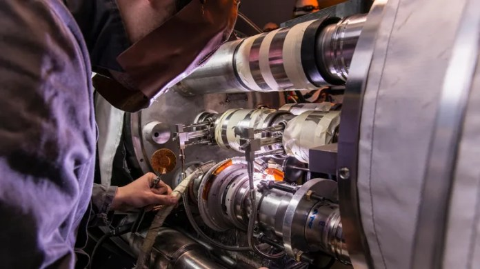 Why the Monumental Hadron Collider Is Shutting Down for Two Years - Gizmodo