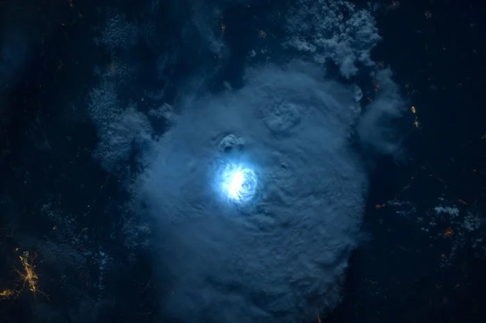 This Is The Clearest, Sharpest Video Of Lightning Seen From Space