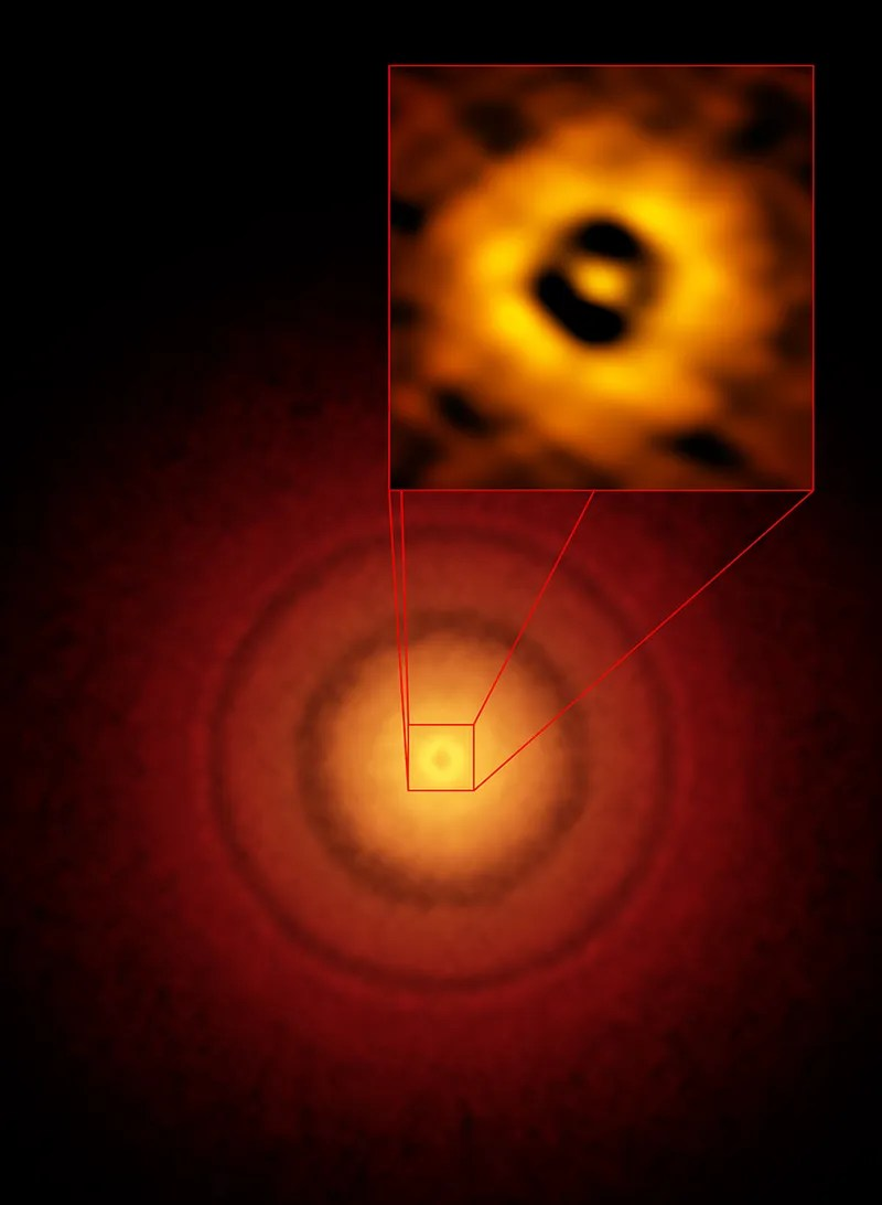 A Strange Blip in This Star Photo Could Be a New Earth-Like Planet Being Formed