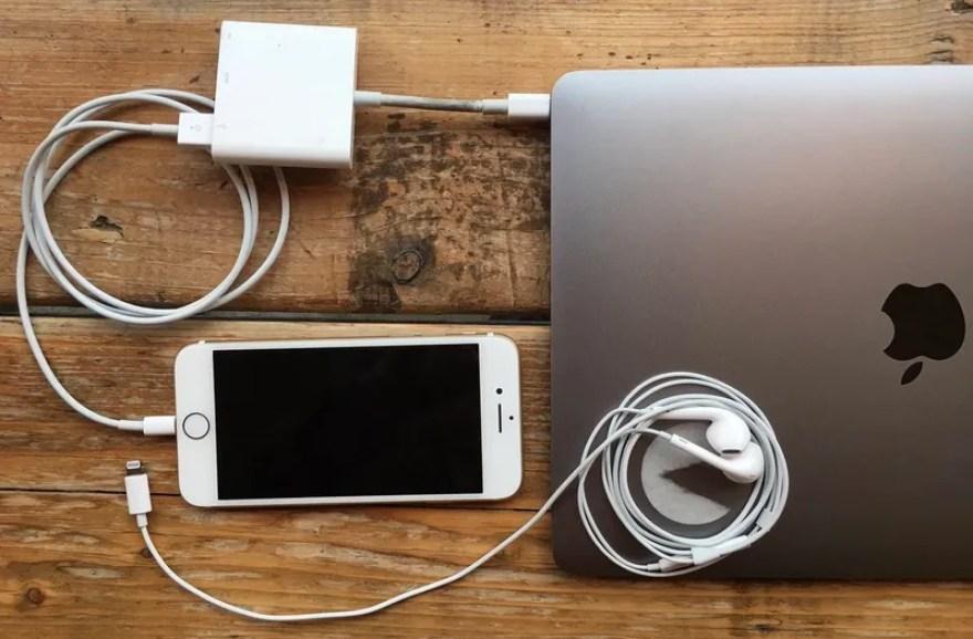 Resultado de imagen para dispositivos externos conectados en la laptop