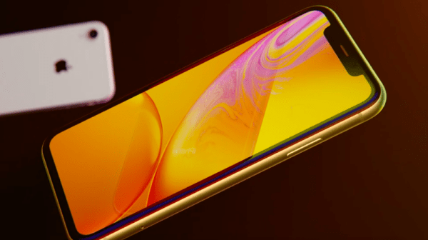 Apple iPhone XR: The Cheaper iPhone That Might Be a Better ...