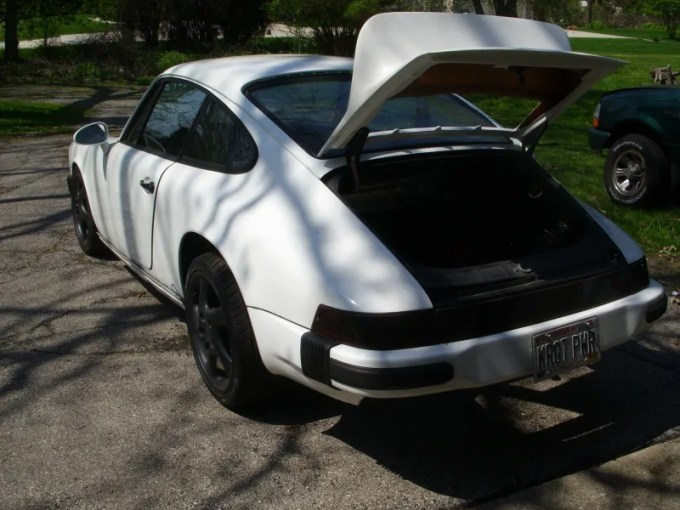 You Need This Super Cheap Porsche 911 Project Car Because JustLook At It
