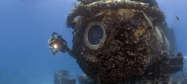 A Tantalizingly Brief Glimpse Inside Fabien Cousteau's Underwater Lab