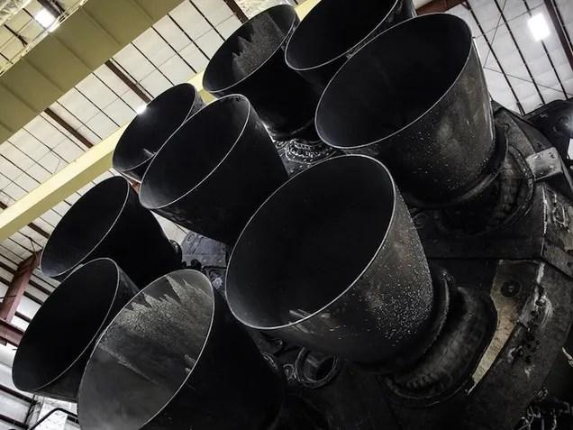 Fuochi restituiti del Rocket di SpaceX ancora, principalmente