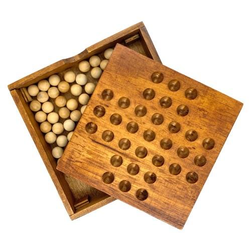 Настольная игра Солитер (квадратный)