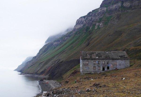 Острів Шпіцберген: місце, де не народжуються і не ...