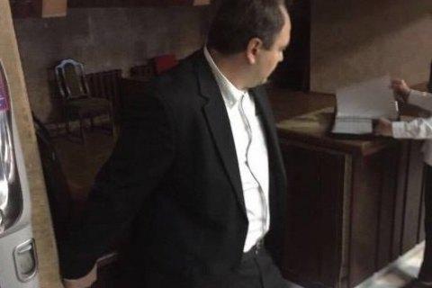 Главу экологической комиссии Киевского облсовета задержали при получении взятки