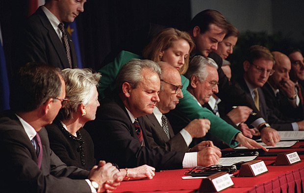 Дейтонские переговоры после которых последовало подписание мирового соглашения в Париже, 1995 года