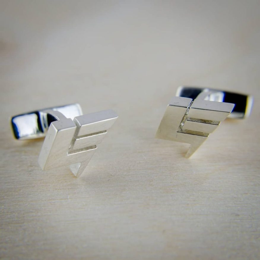 3D-printed customized cufflinks in silver