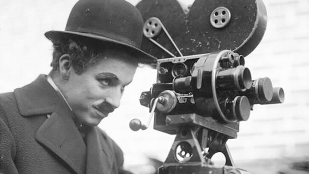 İyi ki doğdun Charlie Chaplin... 'Şarlo' 131 yaşında...