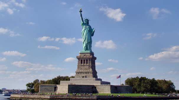 özgürlük heykeli ile ilgili görsel sonucu