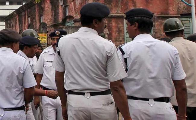 वरिष्ठ पुलिस अधिकारी ने बंगाल में एक दिन के बाद मतदान तिथियों की घोषणा की