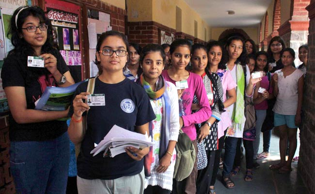 DUSU Election 2017: Voting Underway, ABVP And NSUI Top Contenders
