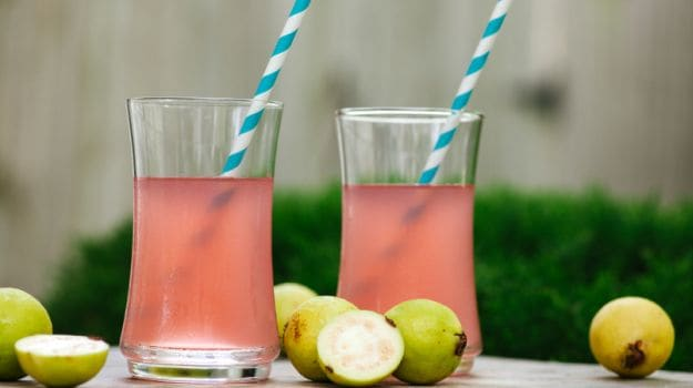 Potassium-in-guavas-helps-normalise-blood-pressure-levels