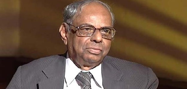 Centre Can't Shirk Responsibility Of Universal Covid Vaccination: Former RBI Governor