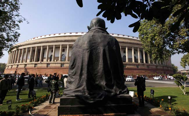 Only Packed Food In Parliament Canteen Dring Monsoon Session Amid Covid