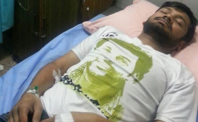 एम्स से छुट्टी मिलने के बाद कन्हैया कुमार ने खत्म की भूख हड़ताल