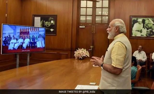 दिल्ली से वीडियो कॉफ्रेंसिंग के जरिए पीएम मोदी ने श्रीलंका के स्टेडियम का उद्घाटन किया