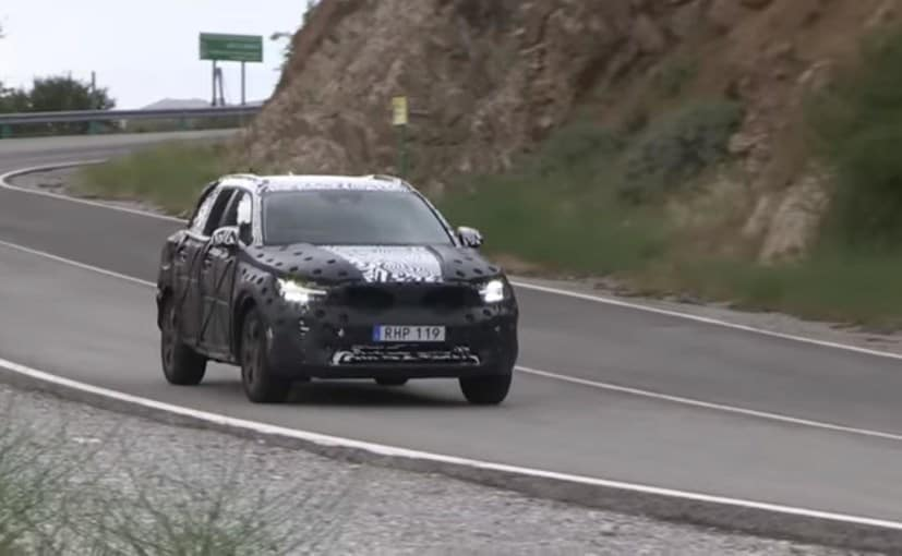 2018 volvo xc40 spy shot