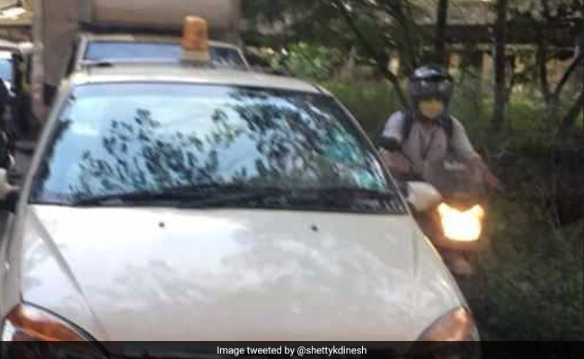 Man Tweets Mumbai Police About Car With 'Lal Batti'. See The VIPs Inside