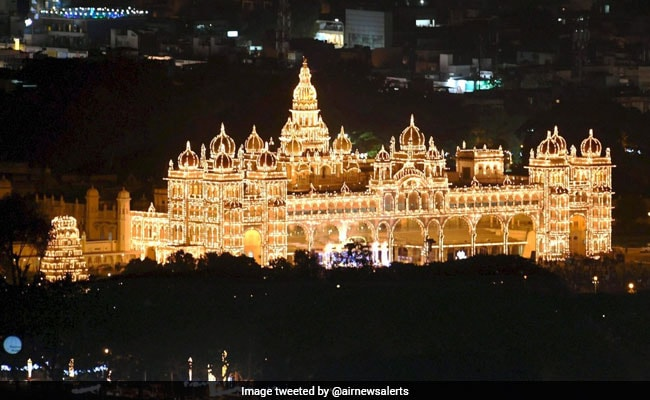 Mysuru's Famous Dasara Parade Restricted to Palace Ground Amid Pandemic