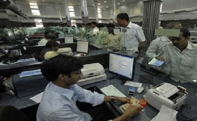 SBI, ICICI Bank, HDFC Bank Pay These Returns On Fixed Deposits Now