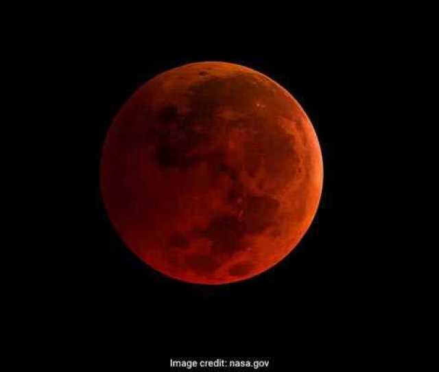 Total Lunar Eclipse Or Chandra Grahan Blood Moon Tonight Details Here