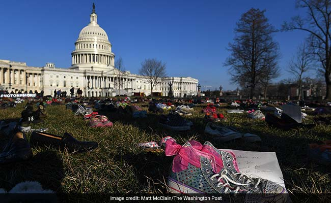 7 000 pairs of shoes