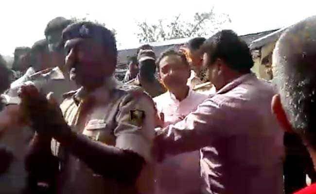 भारत बंद : बिहार में केंद्रीय राज्यमंत्री उपेंद्र कुशवाहा को रोका, बदसलूकी की