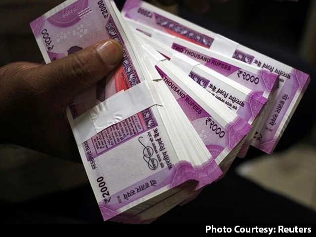 Indian government to charge extra tax if you withdraw more than 10lakhs
