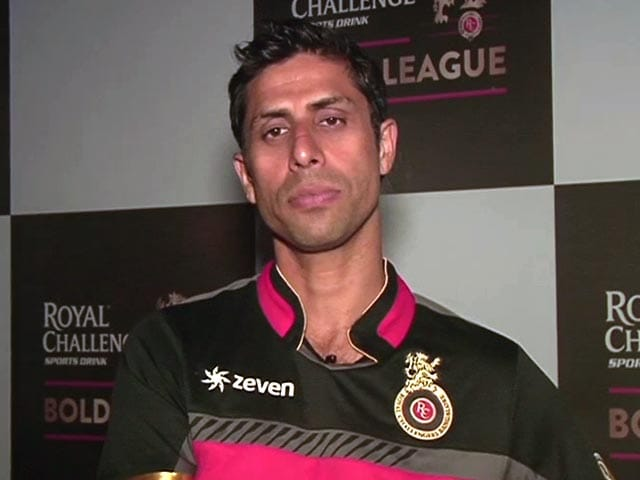 fans angry on nehra