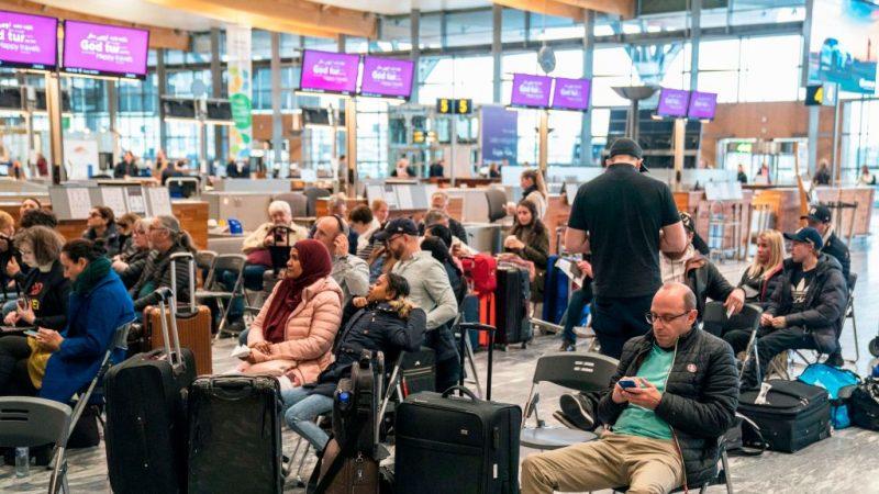 北歐航空機師大罷工 影響旅客約28萬名 | 機師罷工 | 新唐人中文電視臺在線