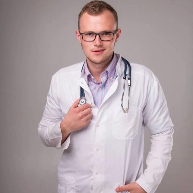 Ни один медик не застрахован от контакта с больным коронавирусом