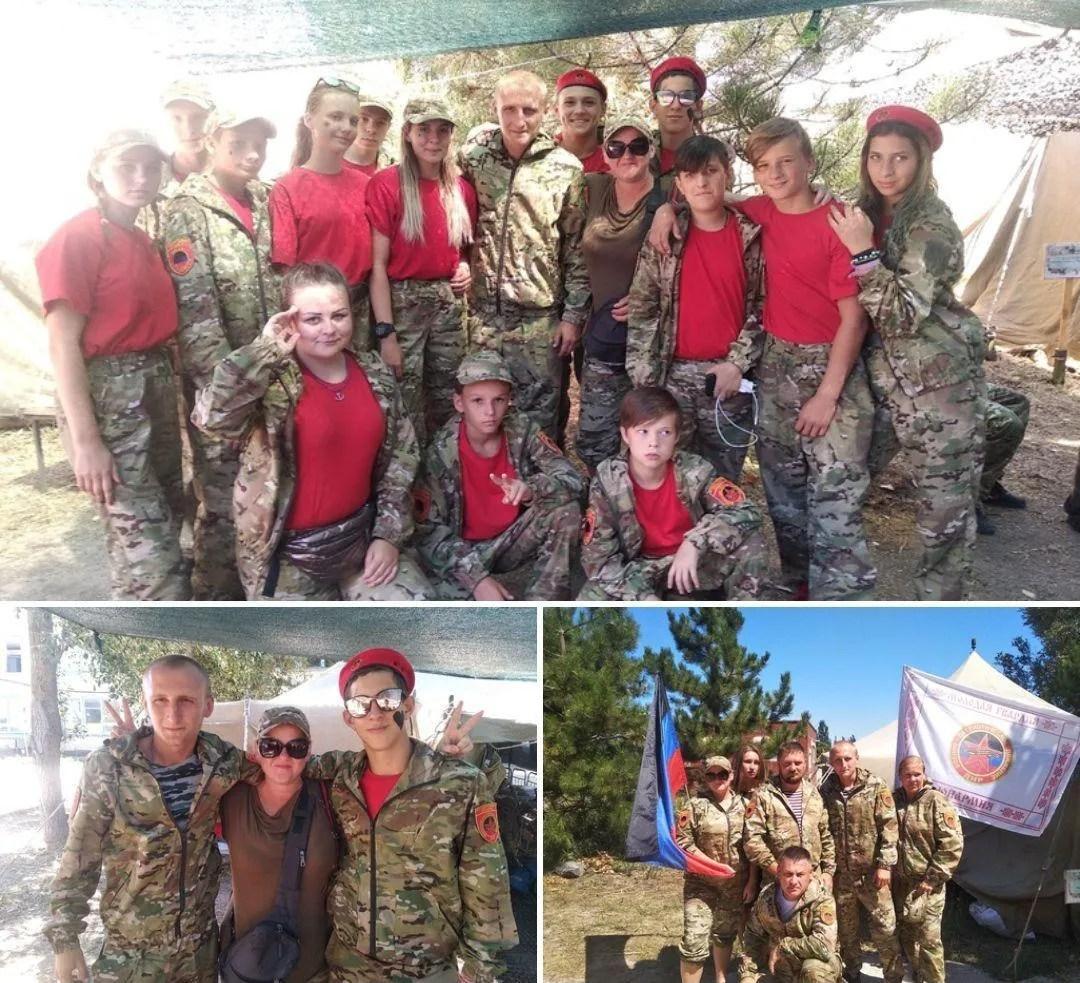 """Дітей одягли в форму воєнізованої організації """"Юнармії"""""""
