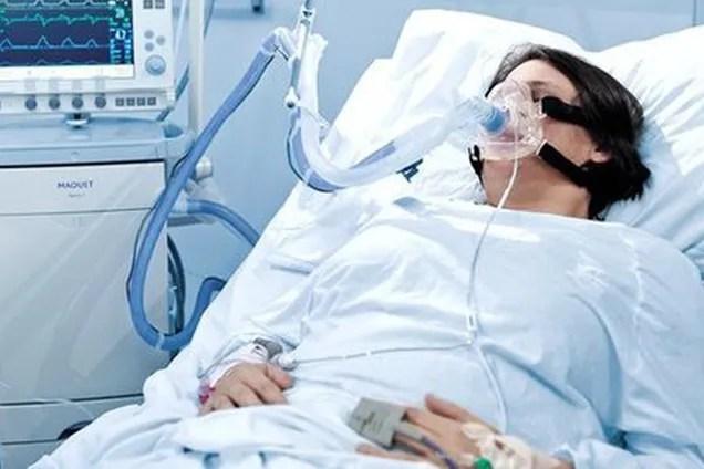 """""""Будете ходить под себя и долго страдать!"""" Крик души итальянского патологоанатома о коронавирусе поразил сеть"""