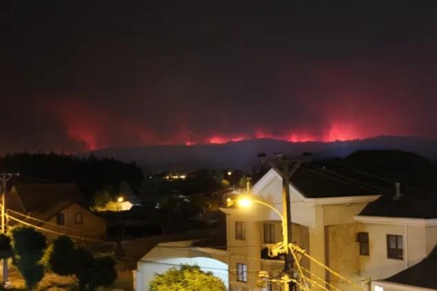 Самые ужасные за всю историю страны: в Чили бушуют лесные ...