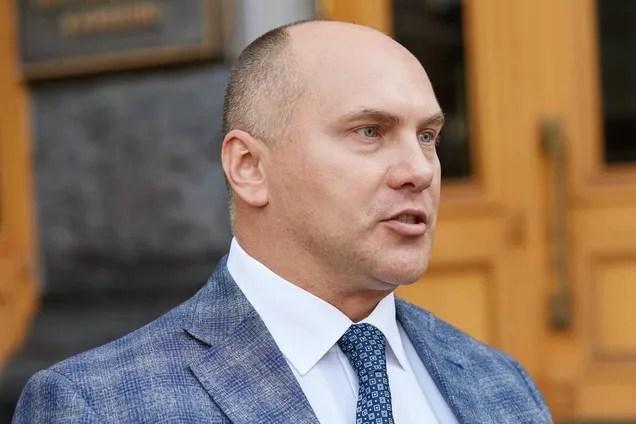 Детективи прийшли з обшуками в кабінет Віталія Трубарова