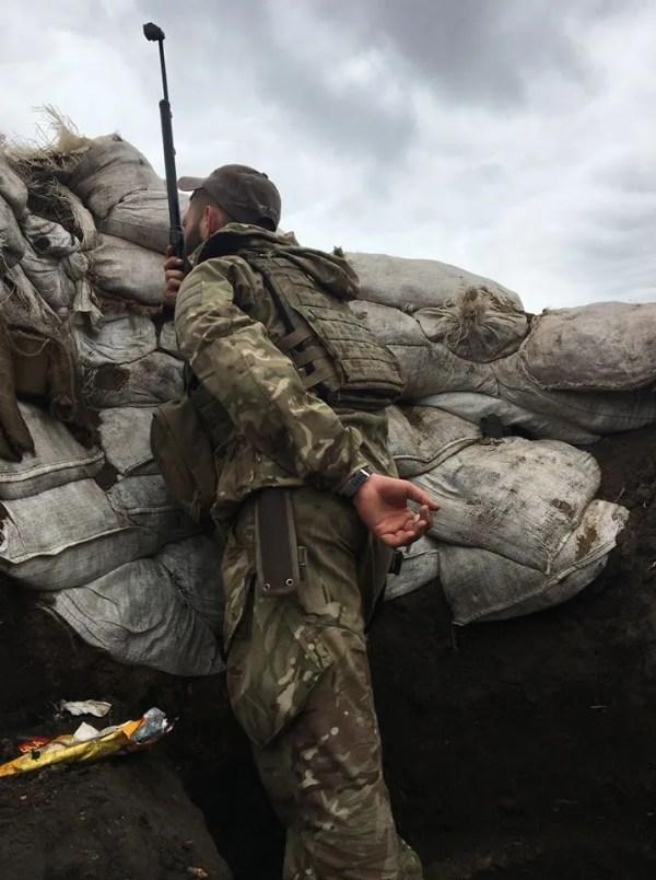 Снял пятерых: Бутусов показал, где убили украинских ...
