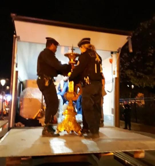 Пожежа в соборі Паризької Богоматері: які цінності й реліквії дивом врятували від вогню