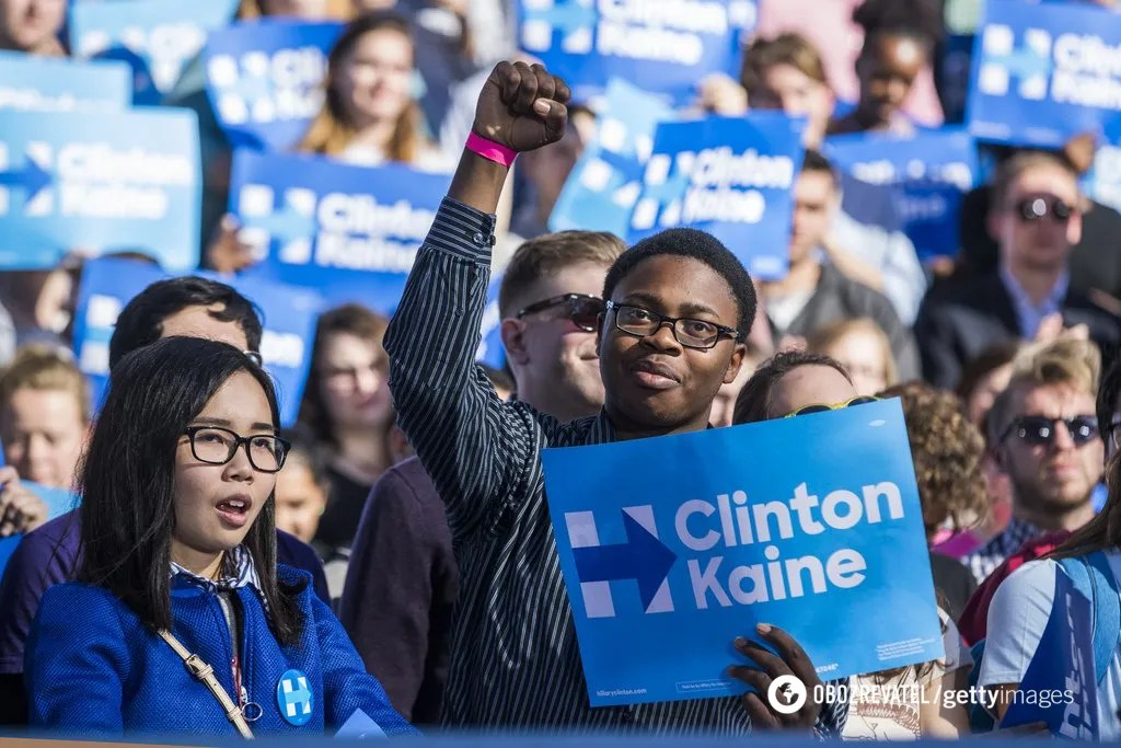 Кампанія Клінтон з аналогічними елементами