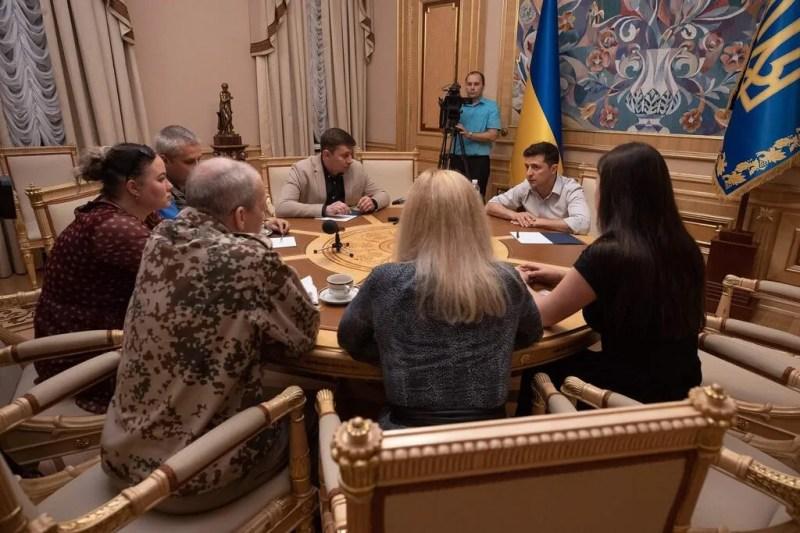 """""""Ні п'яді землі не віддам"""": озвучена позиція Зеленського щодо переговорів із Росією"""
