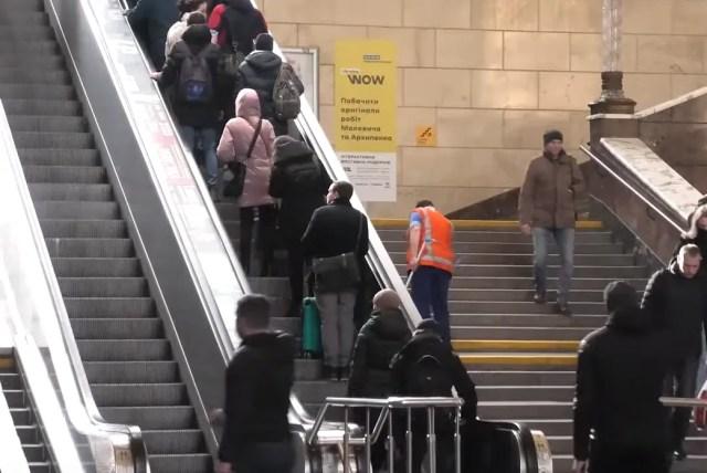 Чаще всего воруют на лестницах и в переходе