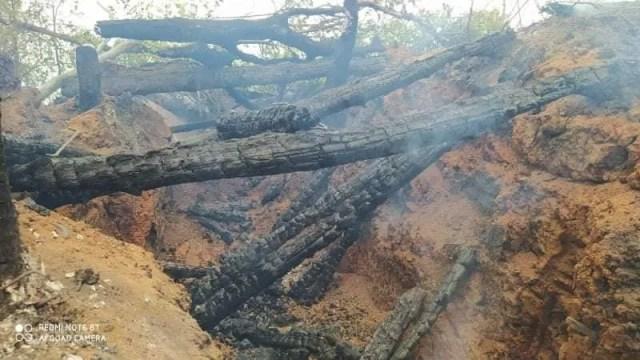 Волонтер утверждает, что возгорание произошло из-за обстрел ВОГами.