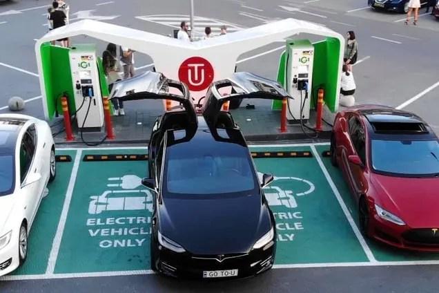 В Украине открыли самую быструю зарядку для электромобилей ...