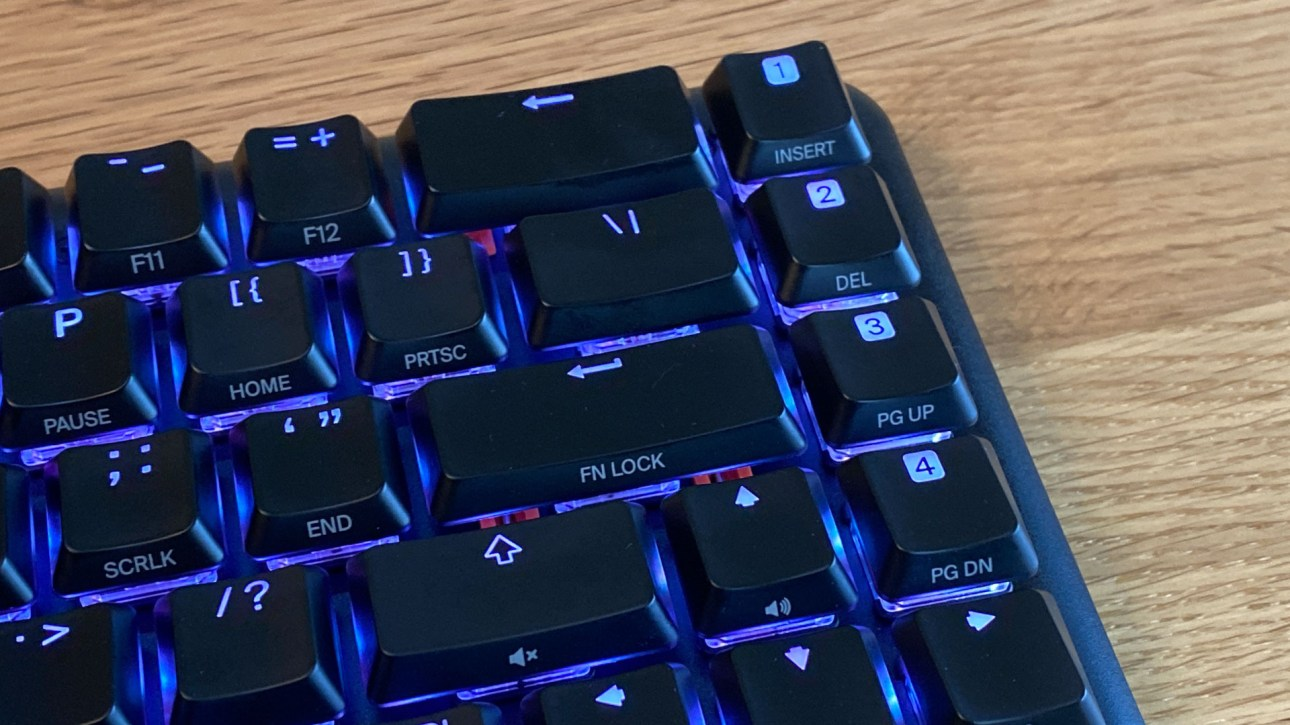 Макрос игровой клавиатуры Fnatic Streak65