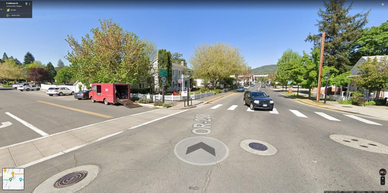 Google StreetView в веб-браузере в одном из самых маленьких городов США.