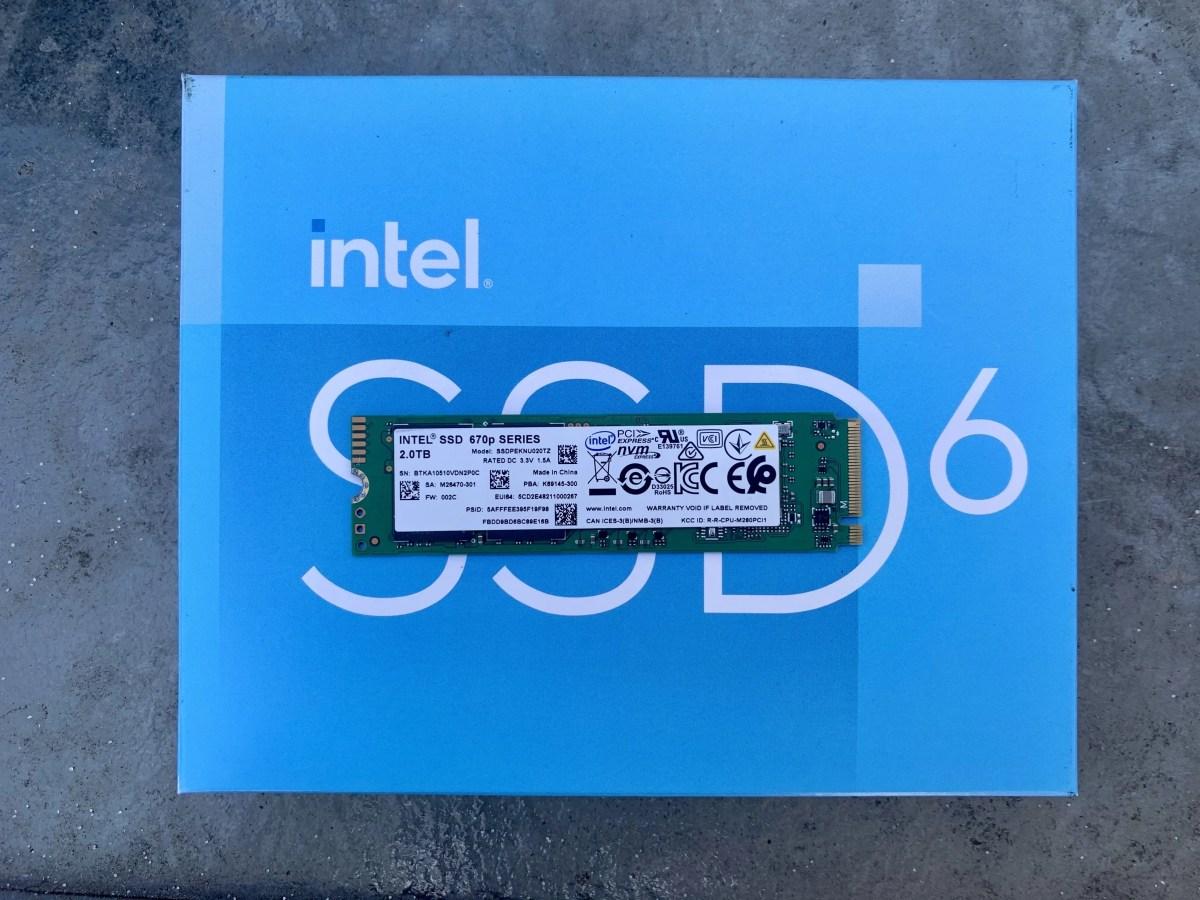 Intel SSD 670p Top