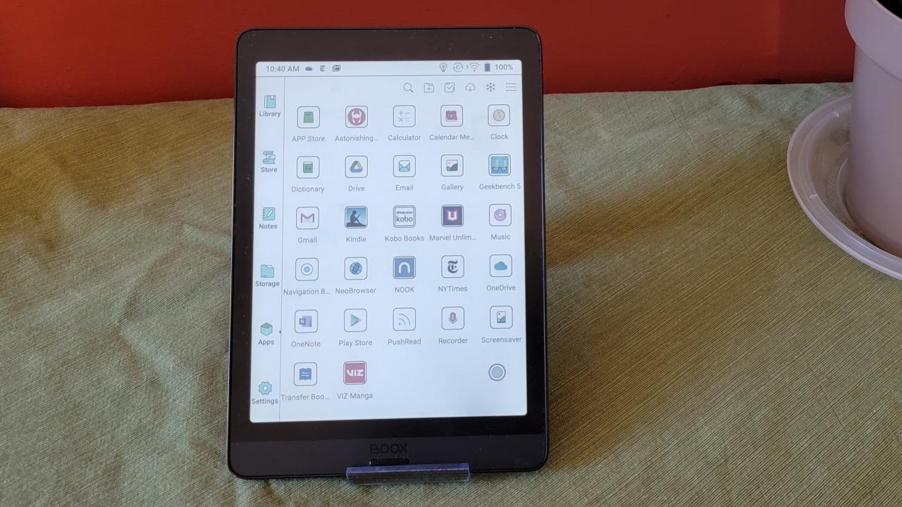 Значки приложений, отображаемые на экране Nova3 Color