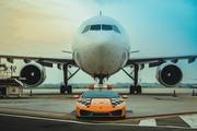 Lamborghini-Hurac-n-RWD-Follow-Me-at-Bologna-Airport-4